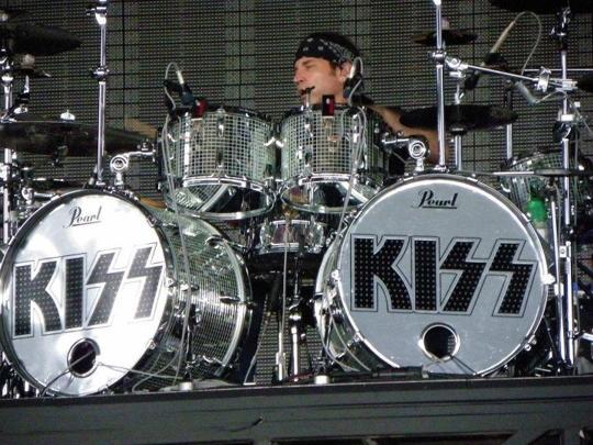 Eric Singer Drummer